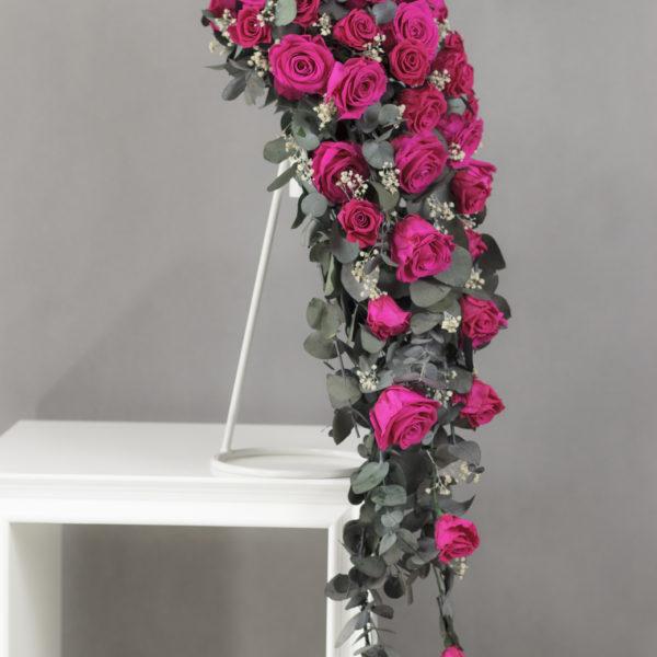 Bukiet ślubny kaskada gorący róż