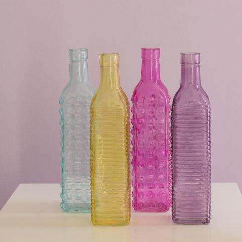 Butelki kolorowe w czterech wersjach
