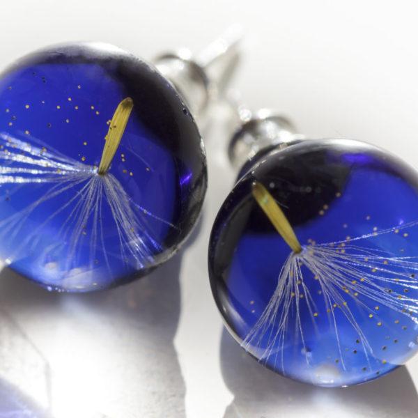 Kolczyki z nasionkiem dmuchawca i złotym pyłem niebieskie sztyft