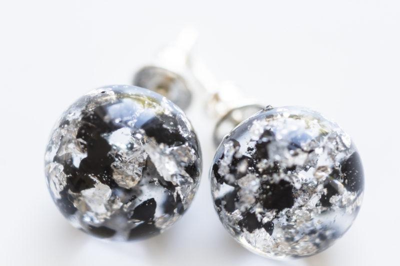 Kolczyki z węglem i srebrem na sztyftach