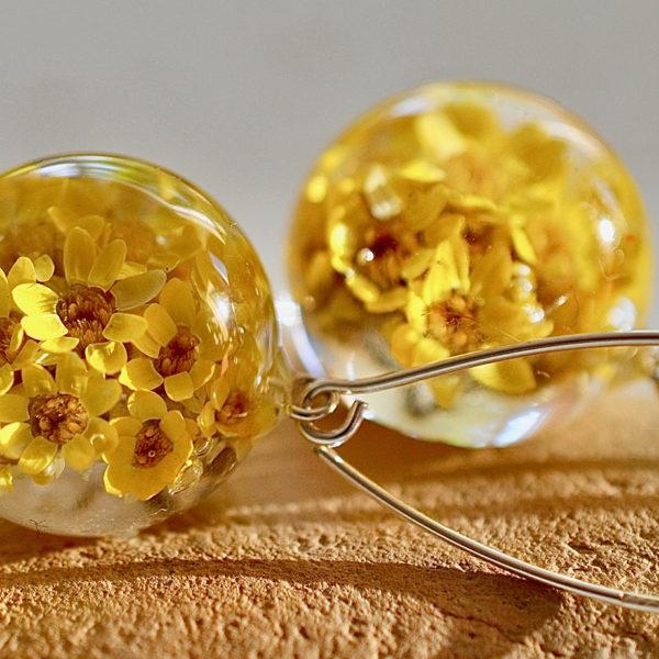 Kolczyki z żółtymi kwiatuszkami bigiel rybka