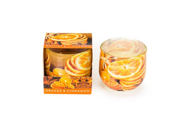 Świeca o zapachu pomarańczy i cynamonu