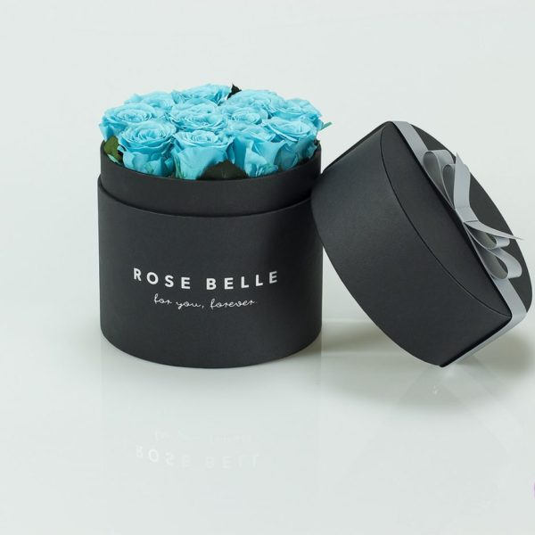 Niebieska róża w boxie