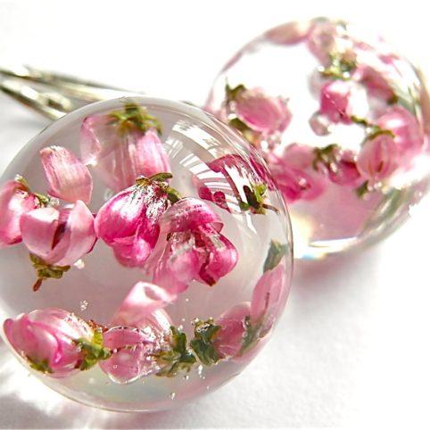 kolczyki artystyczne kwiatami wrzośca